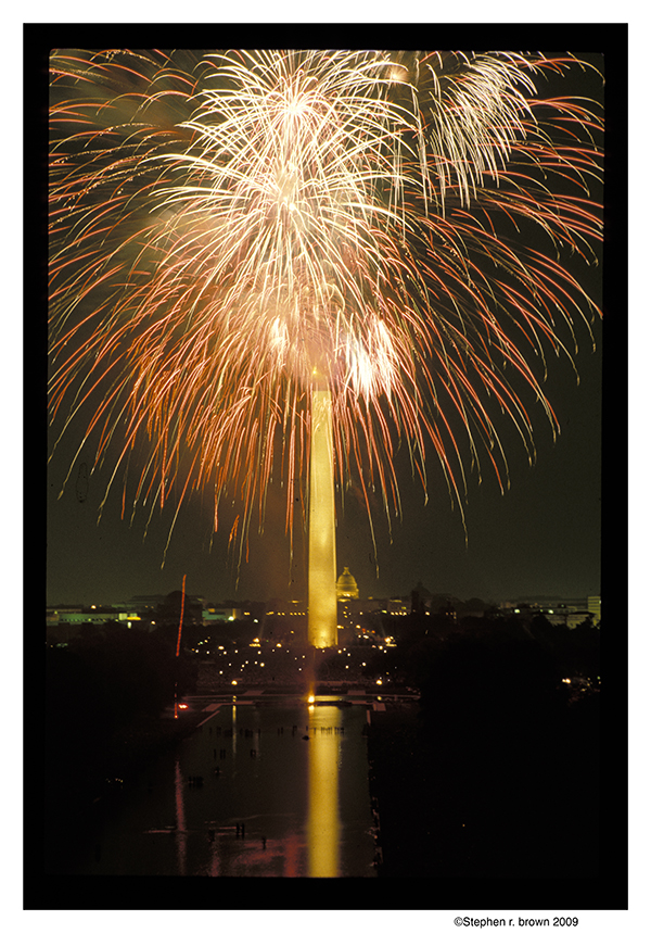 Fireworks from Lincoln Memorial
